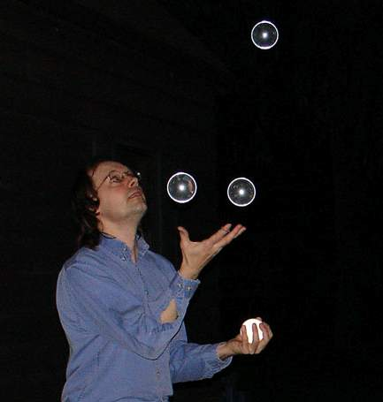 Picture of Steven Sahyun juggling 	spheres